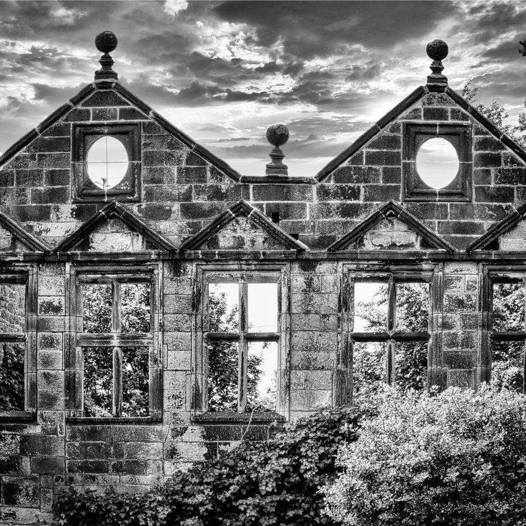 East Riddlesden, Ian Scotland