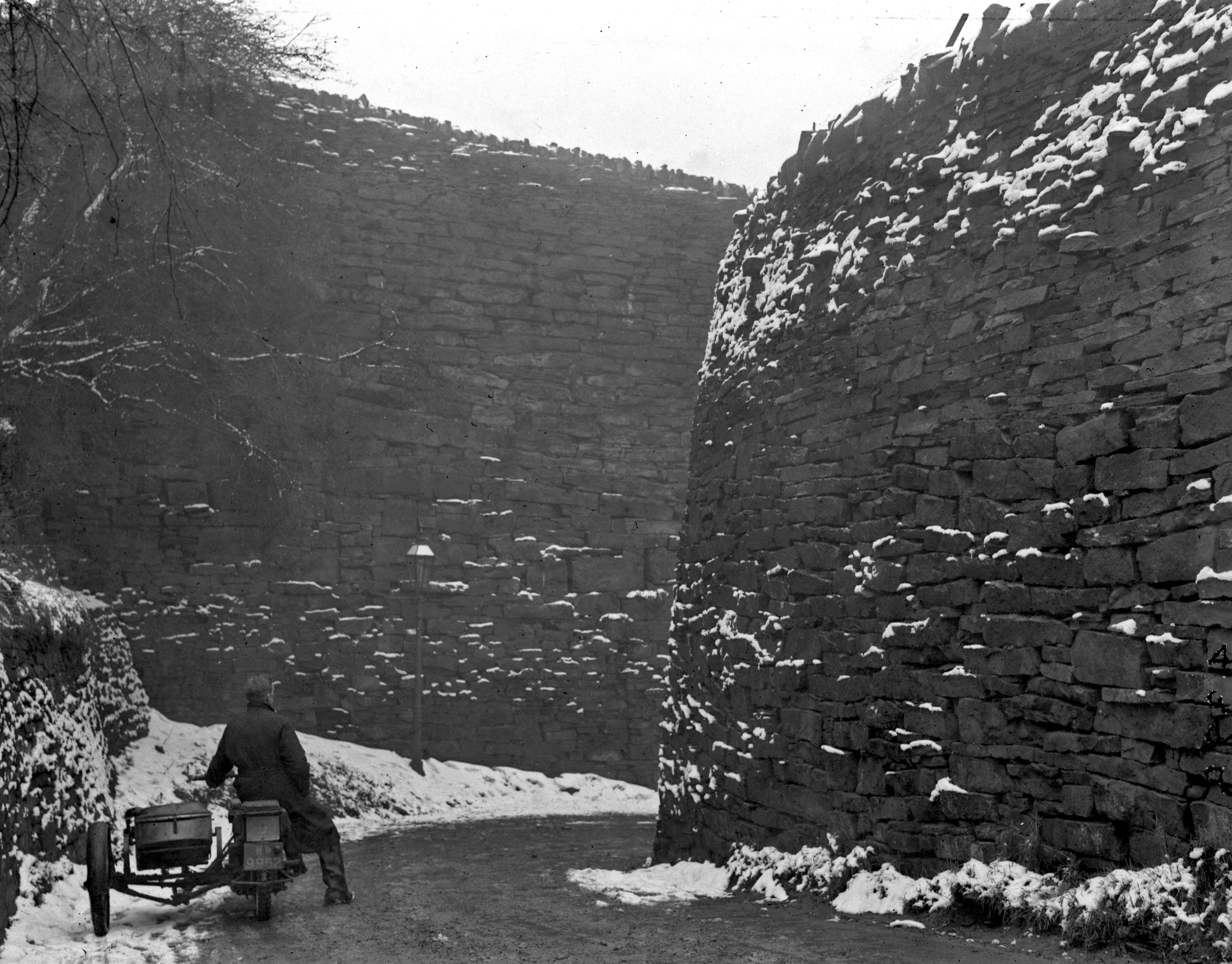 Walls of Jericho, Thornton